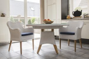 lloyd loom stoel Sunderland met tafel Purlple Starling in wit